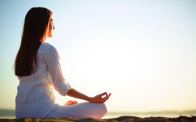 درد کمر و درمان آن با یوگا